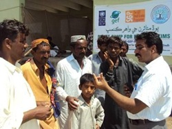 SGP%20mobilizes%20to%20help%20establish%20reflief%20camps%20in%20Pakistan-1.jpg