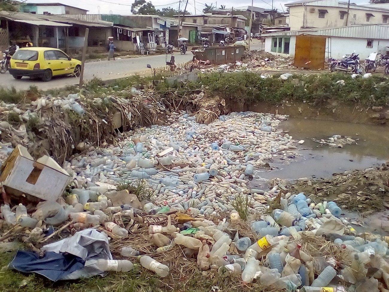 Accumulation of plastic waste on KONDI river Saint Thomas valley